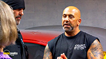 A still #9 from Counting Cars: Series 3 (2014)