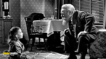 A still #9 from Miracle on 34th Street (1947)