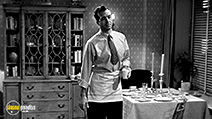 A still #10 from Miracle on 34th Street (1947)