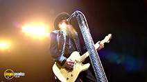 A still #4 from ZZ Top: Live from Texas (2008)