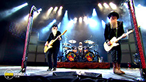 A still #3 from ZZ Top: Live from Texas (2008)