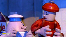 A still #24 from The Gingerbread Man (1992)