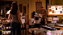 A still #4 from Ghost Whisperer: Series 2 (2006)
