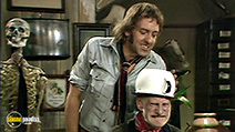 A still #8 from Steptoe and Son: Series 8 (1974)