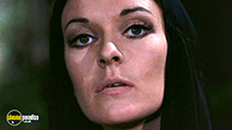 A still #8 from The Night Evelyn Came Out of the Grave (1971)