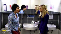 A still #32 from Green Wing: Series 2 (2006)
