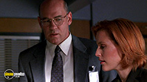 A still #7 from The X-Files: Series 8 (2000)