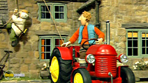 Still #2 from Little Red Tractor: Let's Go