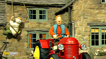 Still #3 from Little Red Tractor: Let's Go
