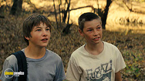 A still #18 from Mud with Tye Sheridan and Jacob Lofland