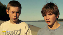 A still #20 from Mud with Tye Sheridan and Jacob Lofland