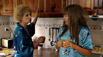 Still #5 from Kath and Kim: Series 1