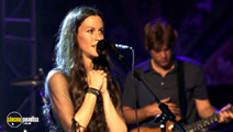 Still #6 from Alanis Morissette: VH1 Storytellers