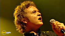 Still #4 from Simply Red: Live in London