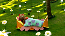 Still #8 from In the Night Garden: Who's Here?