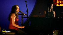 Still #6 from Norah Jones: And the Handsome Band: Live in 2004