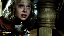 A still #4 from War of the Worlds with Dakota Fanning