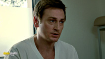 A still #19 from Little White Lies with Benoît Magimel