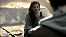 A still #3 from The Evil Dead (2013) with Jane Levy
