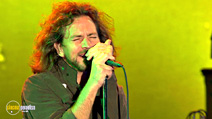 Still #4 from Pearl Jam: Immagine in Cornice