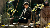 A still #9 from Romeo and Juliet (2013) with Douglas Booth