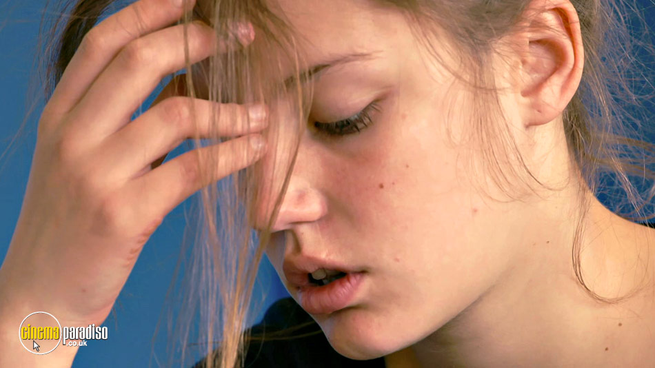 Blue Is the Warmest Colour (aka La vie d'Adèle - Chapitres 1 et 2) online DVD rental