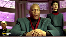A still #8 from The Fifth Element with Tommy 'Tiny' Lister