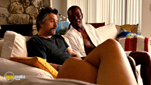 A still #4 from Jackie Brown with Robert De Niro and Samuel L. Jackson