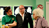 A still #17 from The Harry Hill Movie with Harry Hill