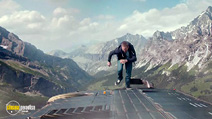 A still #5 from Fast and Furious 7 (2015)