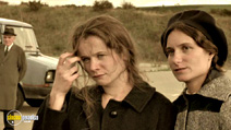 A still #18 from Breaking the Waves with Emily Watson and Katrin Cartlidge