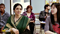 A still #8 from English Vinglish (2012) with Sridevi and Damian Thompson