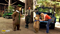 A still #33 from Yogi Bear with Anna Faris and Tom Cavanagh