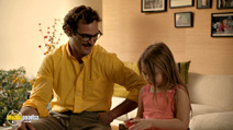 A still #23 from Her with Joaquin Phoenix and Nicole Grother