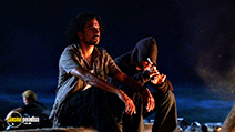 A still #32 from Lost: Series 1 with Naveen Andrews and Dominic Monaghan