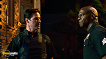 A still #24 from Street Kings with Keanu Reeves and Terry Crews