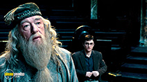 A still #31 from Harry Potter and the Order of the Phoenix with Michael Gambon and Daniel Radcliffe