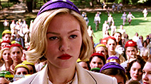 A still #30 from Mona Lisa Smile with Julia Stiles