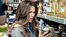 A still #6 from Absolutely Anything (2015) with Kate Beckinsale