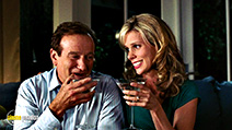 A still #5 from R.V. (Runaway Vacation) with Robin Williams and Cheryl Hines