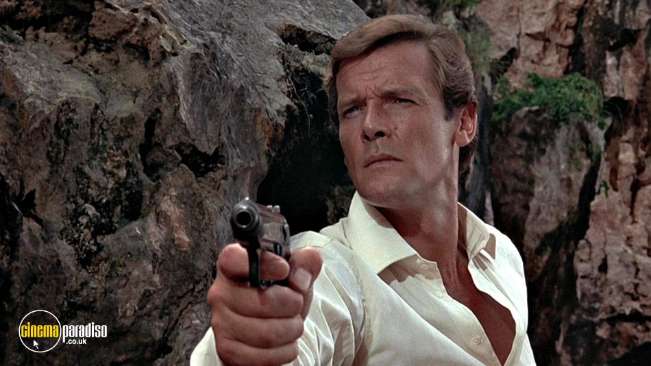 James Bond: The Man with the Golden Gun online DVD rental