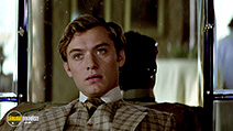 A still #2 from Wilde (1997) with Jude Law