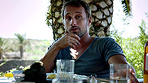 A still #3 from A Bigger Splash (2015) with Matthias Schoenaerts