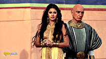 A still #6 from Tut (2015) with Ben Kingsley and Sibylla Deen