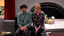 A still #6 from The Big Bang Theory: Series 9 (2015) with Simon Helberg and Melissa Rauch