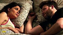 A still #5 from Bad Neighbours 2 (2016) with Rose Byrne and Seth Rogen