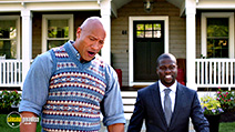 A still #2 from Central Intelligence (2016) with Dwayne Johnson and Kevin Hart