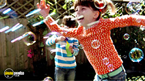 A still #11 from Topsy and Tim: Double Playdate (2013)