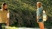 A still #8 from The Shallows (2016) with Blake Lively and Óscar Jaenada
