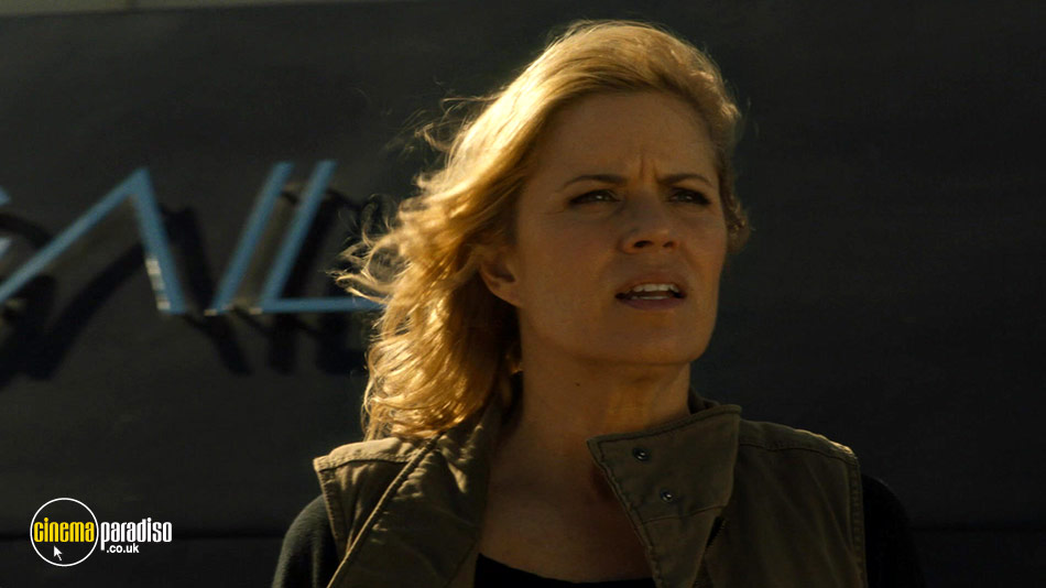 Fear the Walking Dead: Series 2 online DVD rental
